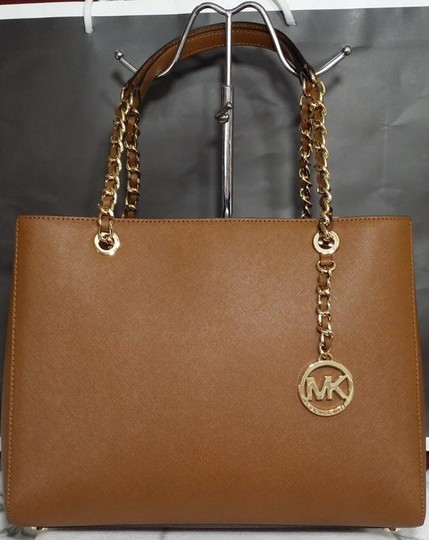 Michael Kors Susannah Shoulder Saffiano Leather Tote in brown Image 4