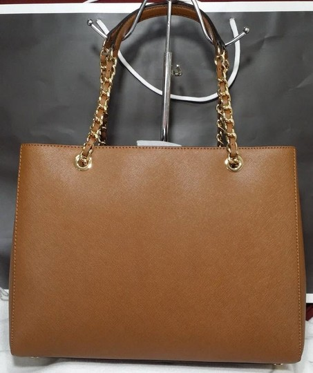 Michael Kors Susannah Shoulder Saffiano Leather Tote in brown Image 5