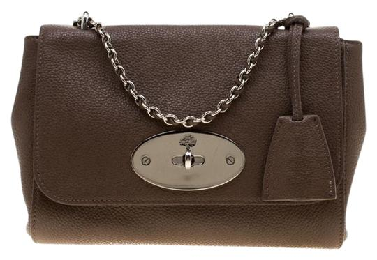 Preload https://img-static.tradesy.com/item/26198537/mulberry-small-lily-tan-leather-shoulder-bag-0-1-540-540.jpg