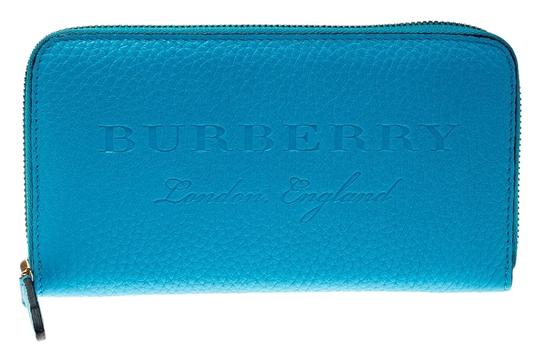 Preload https://img-static.tradesy.com/item/26198726/burberry-blue-bright-leather-zip-around-wallet-0-1-540-540.jpg