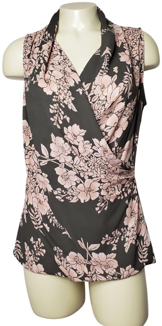 Item - Brown Cowl-neck Sleeveless Cross-front Floral Blouse Size 6 (S)