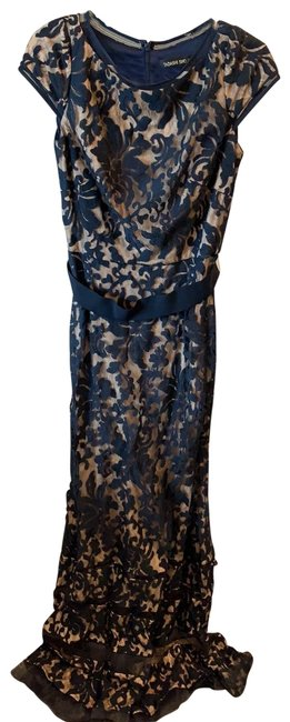 Item - Navy Blue and Nude Long Formal Dress Size 6 (S)