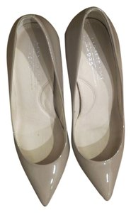 Kenneth Cole Stone Pumps