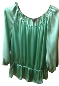 Vince Camuto Top Mint