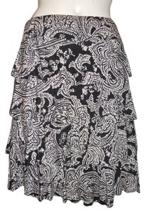 INC International Concepts Knit Ruffled Gbd Skirt black & off white