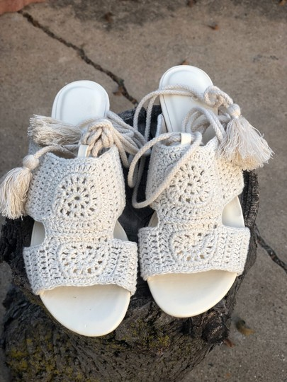 Joie cream and tan Sandals Image 1