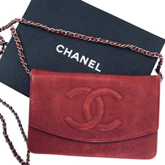 Preload https://img-static.tradesy.com/item/26207132/chanel-caviar-timeless-woc-red-leather-shoulder-bag-0-1-540-540.jpg
