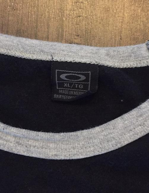 Oakley T Shirt black/grey Image 3