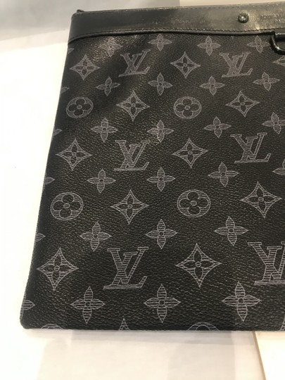Louis Vuitton black Clutch Image 4