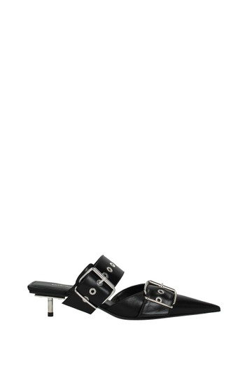 Preload https://img-static.tradesy.com/item/26207416/balenciaga-black-woman-sandals-size-eu-38-approx-us-8-regular-m-b-0-0-540-540.jpg