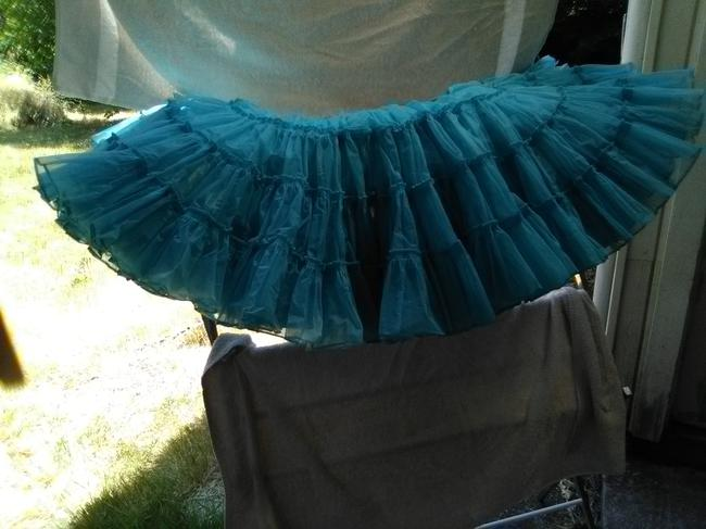 Square Dance Skirt Turquoise Image 1