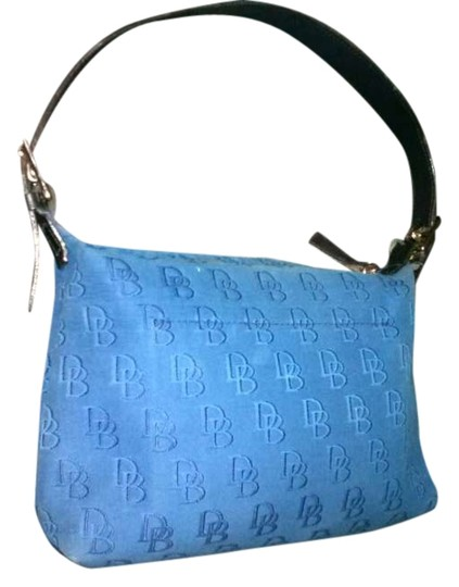 Preload https://item1.tradesy.com/images/dooney-and-bourke-a6344052-signature-blue-canvas-shoulder-bag-262095-0-0.jpg?width=440&height=440
