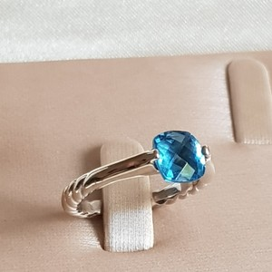 David Yurman David Yurman 18k White Gold Blue Topaz Ring