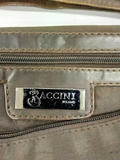 Baccini Brown Messenger Bag Image 11