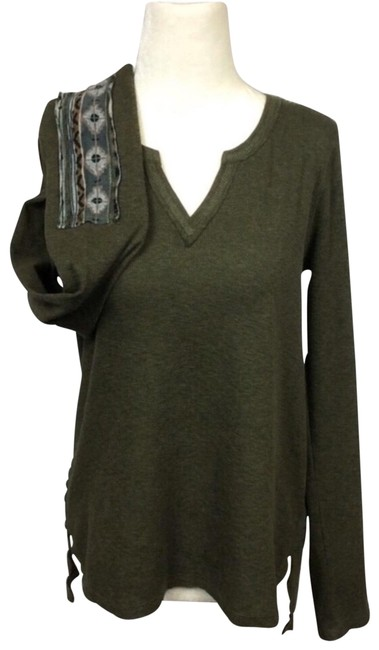 Preload https://img-static.tradesy.com/item/26214280/anthropologie-army-green-hem-and-thread-brand-patchwork-thermal-henley-tee-shirt-size-8-m-0-1-650-650.jpg