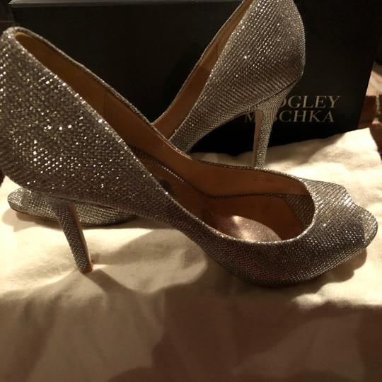 Badgley Mischka Gold/Silver (Platino) Platforms Image 4