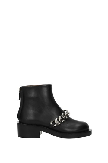 Preload https://img-static.tradesy.com/item/26214443/givenchy-black-ankle-woman-bootsbooties-size-eu-375-approx-us-75-regular-m-b-0-0-540-540.jpg