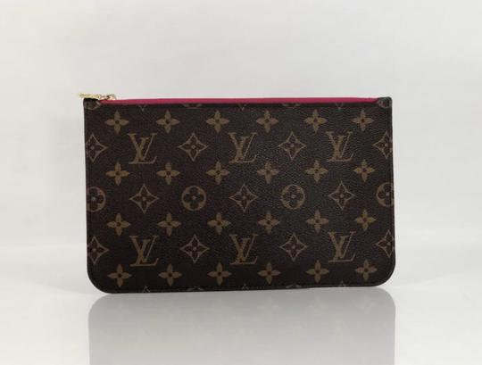 Louis Vuitton Lv Neverfull Neverfull Mm Monogram Pouch Wristlet in Brown Image 3