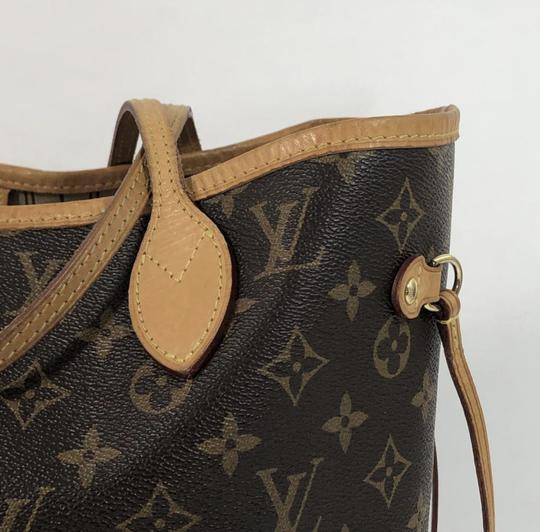 Louis Vuitton Lv Neverfull Neverfull Mm Monogram Shoulder Tote in Brown Image 2