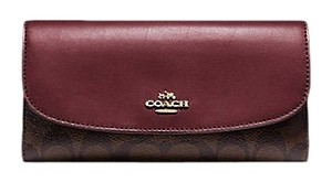 Coach $250 NWT Checkbook Wallet in Signature Canvas F57319