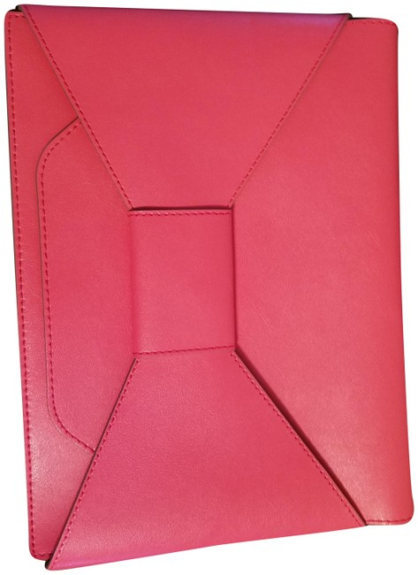 Item - Envelope Bow Pink Faux Leather Clutch