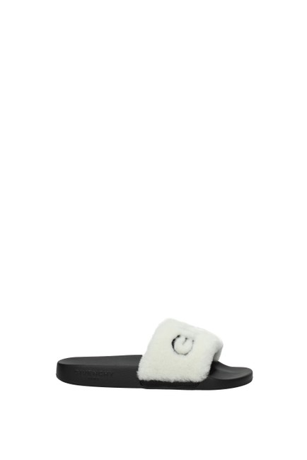 Item - White Slippers and Women Mules/Slides Size EU 37 (Approx. US 7) Regular (M, B)