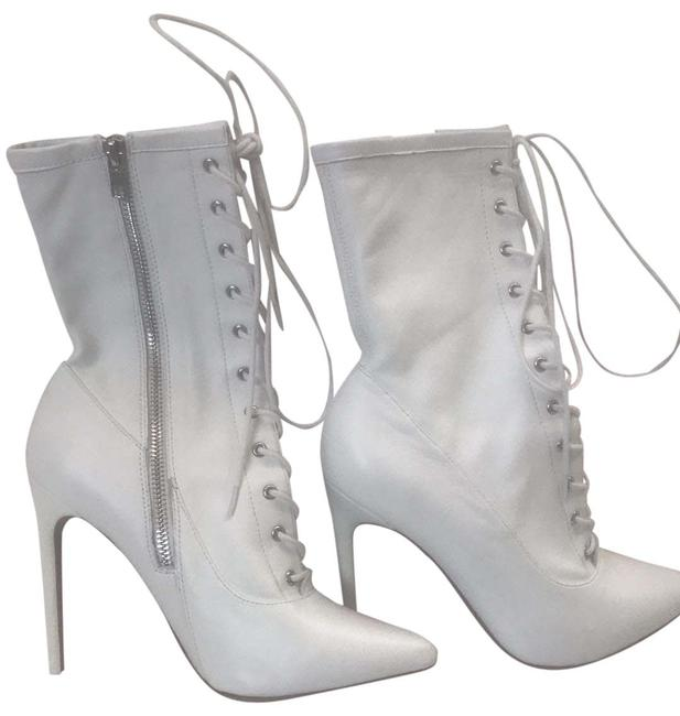 Item - White Satisfied Boots/Booties Size US 8.5 Regular (M, B)
