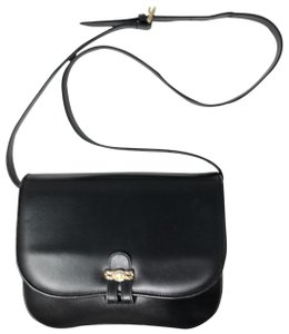 Gucci Vintage Leather Sofisticated Cross Body Bag