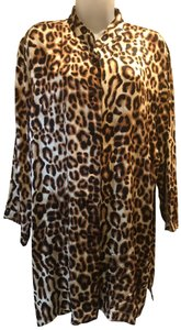 Caroline Rose Versatile Layers Top Animal print