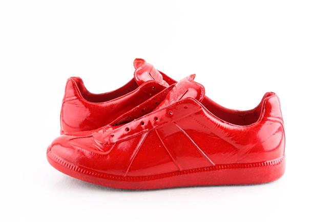 Maison Margiela Red 22 Low Top Dip Sneakers Shoes Maison Margiela Red 22 Low Top Dip Sneakers Shoes Image 1