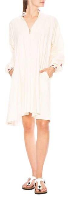 Preload https://img-static.tradesy.com/item/26224574/bliss-and-mischief-white-rose-embroidered-short-casual-dress-size-6-s-0-1-650-650.jpg
