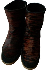 Isabel Marant Brown and black. Boots