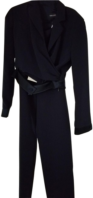 Item - Navy Short Jacket with Satin Band Around Waist Pant Suit Size 6 (S)