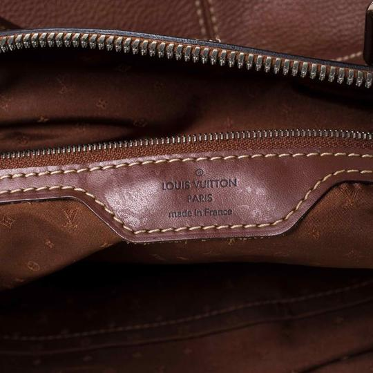 Louis Vuitton Leather Tote in Brown Image 10