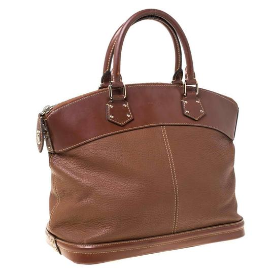 Louis Vuitton Leather Tote in Brown Image 3