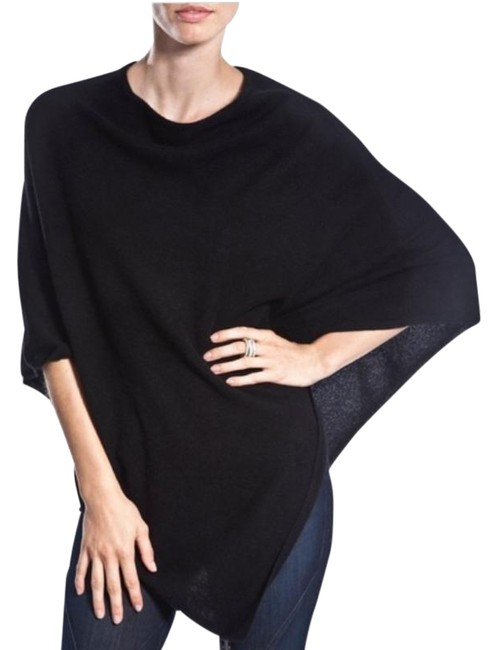 Item - Black Laurie Ribbed Poncho/Cape Size OS (one size)