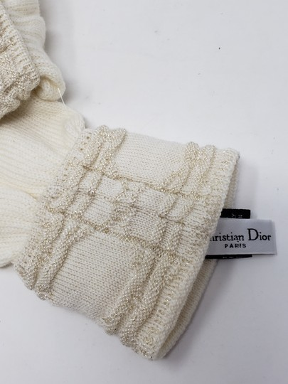 Christian Dior Metallic gold-tone creme Christian Dior Logo knit wool scarf glove set Image 6
