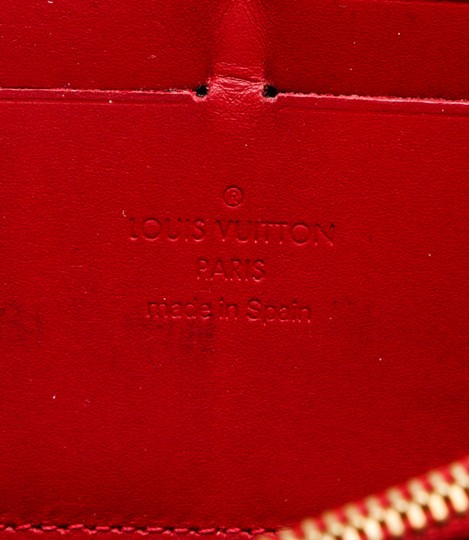 Louis Vuitton Louis Vuitton Pomme D'Amour Vernis Monogram Zippy Wallet Image 4
