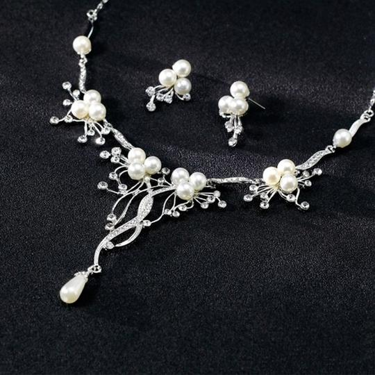 Other Pearl & Crystal Flower Statement Necklace Image 3