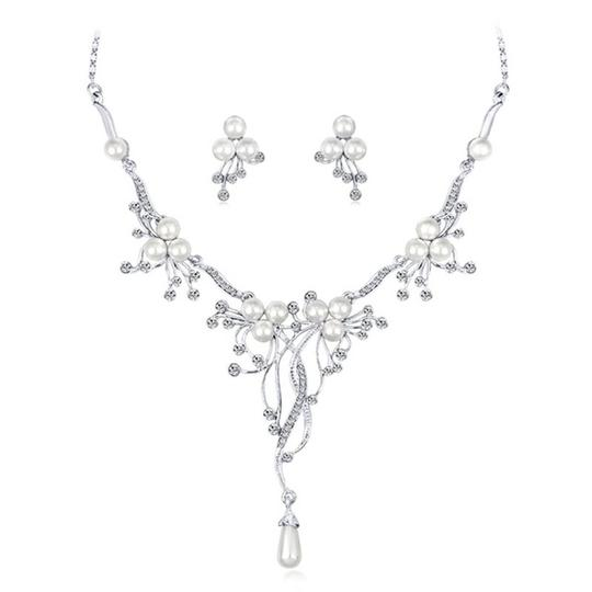 Other Pearl & Crystal Flower Statement Necklace Image 6