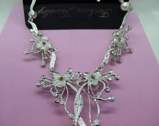 Other Pearl & Crystal Flower Statement Necklace Image 9