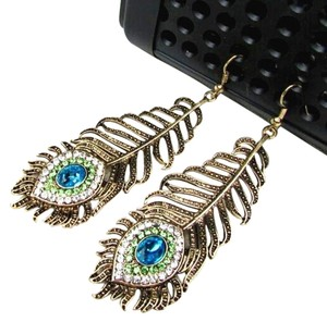 Other Vintage inspired Peacock Feather Earrings