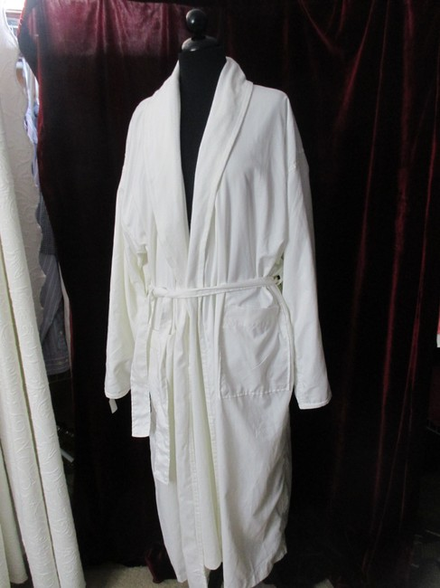 Anichini double faced spa resort robe Image 1