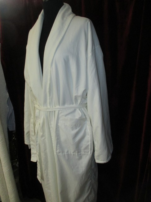Anichini double faced spa resort robe Image 2