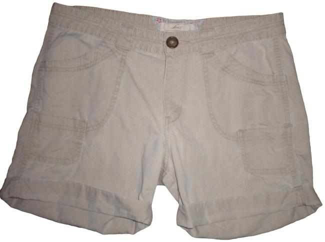 Levi's Pockets Cotton Cuffed Shorts Khaki Image 0