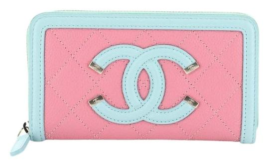 Preload https://img-static.tradesy.com/item/26230022/chanel-filigree-zip-around-wallet-quilted-caviar-small-pink-leather-wristlet-0-1-540-540.jpg