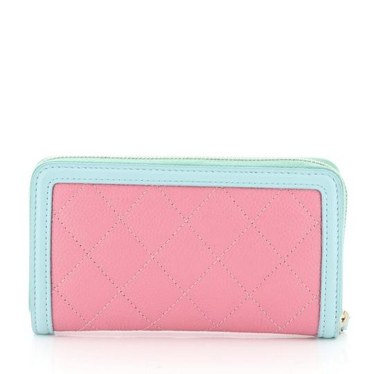 Chanel Wristlet in pink Image 2