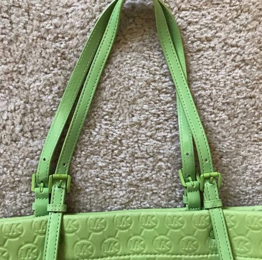 MICHAEL Michael Kors Tote in Lime Green Image 3