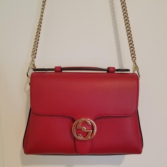Preload https://item5.tradesy.com/images/gucci-dollar-calf-red-leather-cross-body-bag-26230539-0-4.jpg?width=440&height=440