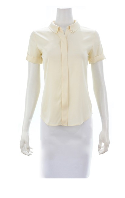 Preload https://img-static.tradesy.com/item/26230561/theory-beige-ivory-silk-blend-short-sleeved-shirt-button-down-top-size-petite-4-s-0-0-650-650.jpg